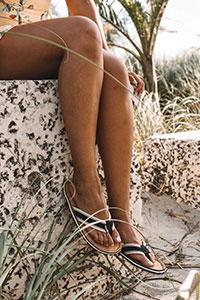 Glatte Beine gehören bei vielen Frauen zum Schönheitsideal.