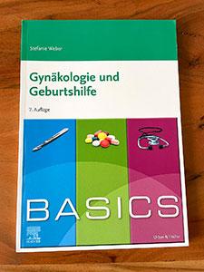 Für den Einstieg eine gute Lösung: Das BASICS Gynäkologie und Geburtshilfe
