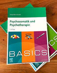 Ein beliebter Einstieg ins Fach: Das BASICS Psychosmatik und Psychotherapie.